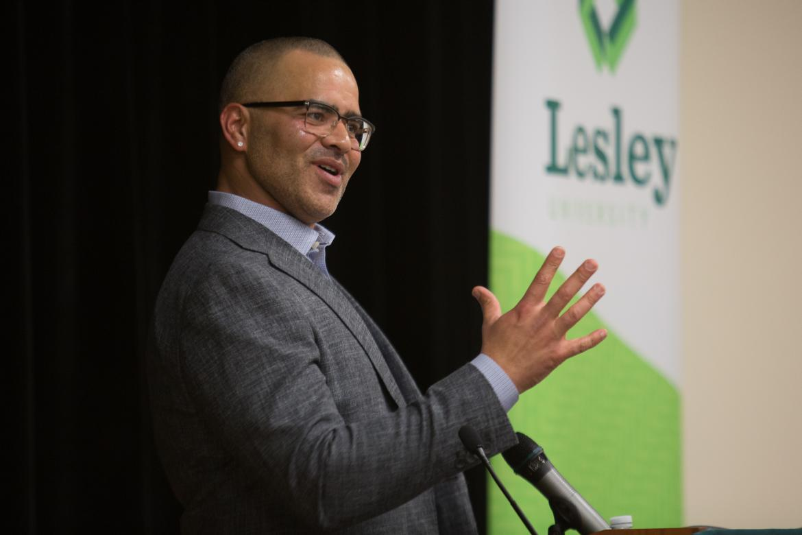 Broadway actor Christopher Jackson speaking to the crowd in Washburn Auditorium