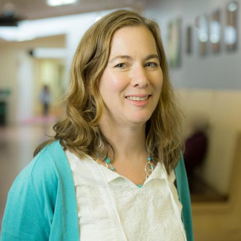 faculty laura schall-leckrone